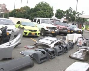 Desmantelado un desguezadero de vehículos de alta gama