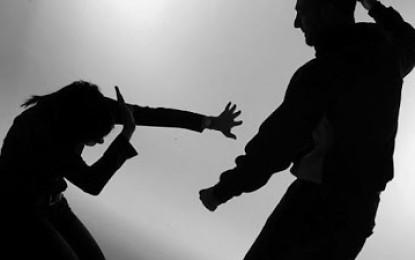Crimen pasional, hombre asfixió a su novia y se ahorcó.