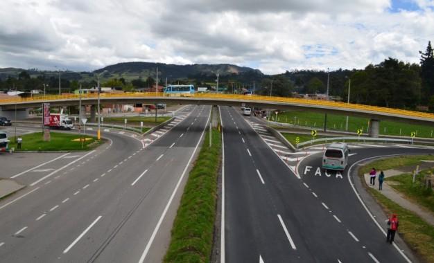 INVIAS adjudico el primero de tres contratos priorizados del plan de vías para la equidad del Valle.