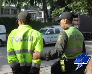 14 policías capturados en el país, dos de ellos en Cali