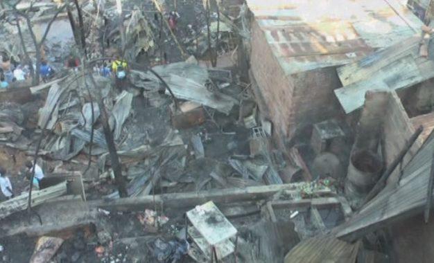 Voraz incendio consumió 40 casas en el sector Palmas 2 Ladera de Cali