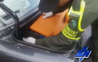 Novedosa Caleta electrónica camuflaba un arsenal en un vehículo