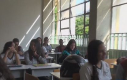 Secretaría de educación de Cali reitera llamado a matricular niños