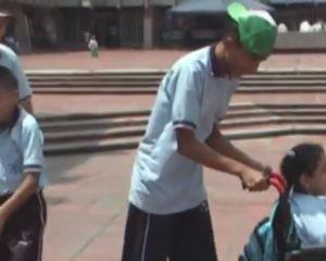 Denuncian que niños con discapacidad se quedaron sin transporte