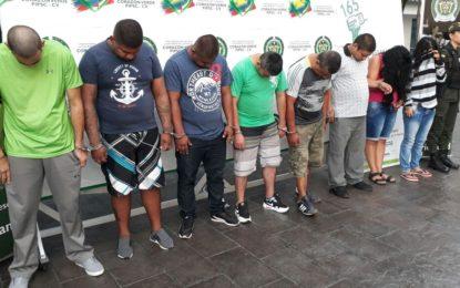 Desarticulada banda que extorsionaba a comerciantes de galería Santa Elena
