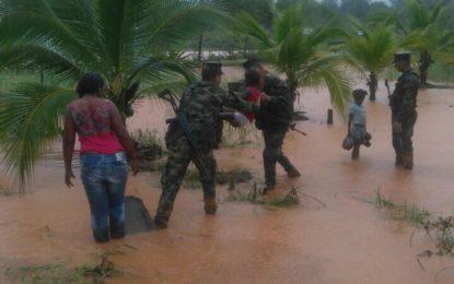 Más de 360 personas han sido evacuadas por ola invernal en Bahía Solano