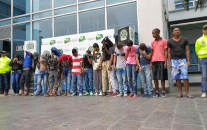 """Capturados en el barrio Mojica 18 miembros de banda delincuencial """"el emperador"""""""
