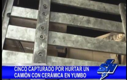 Policía recupera camión con carga de cerámica que había sido hurtado en Yumbo