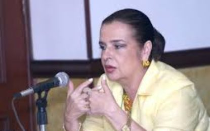 Fiscalía captura a exalcaldesa de Cartago por supuestas irregularidades en contratación