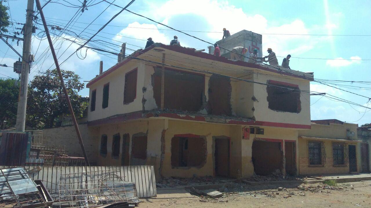 Inician demoliciones de viviendas en Puerto Nuevo, sobre el Jarillón del río Cauca