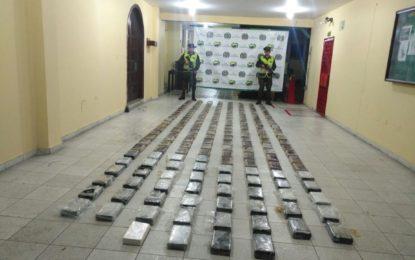 En operaciones simultáneas, Incautan cocaína y heroína en Valle y Nariño