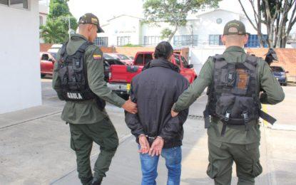 """Capturan en Cali a alias """"Huracán"""" implicado en la masacre de la barra """"la 44"""" en 2013"""