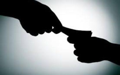 Fiscalía captura a 57 personas en el país involucradas en casos de corrupción
