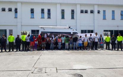 """Capturan a 19 personas de la banda criminal """"la fritanga"""" en Buga"""