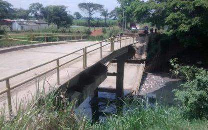 Colapso del puente del corregimiento de Navarro sería una emergencia anunciada