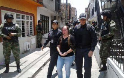 Mujer habría pagado a un sicario para asesinar a su esposo policía