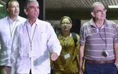 General Rangel asegura que las Farc deberán entregar las armas