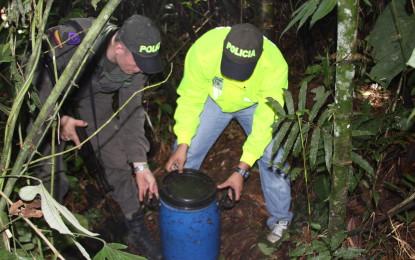 Descubierta caleta de explosivos de las FARC en Piamonte