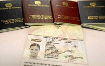 Gobernadora del Valle señala que adquirir un espacio más grande para el trámite de pasaportes mejoraría el servicio.