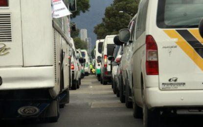 Lista reglamentación que ataca la informalidad y la ilegalidad en el servicio de transporte especial