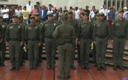 Alcaldía de Cali ofreció un Minuto de silencio por policías asesinados
