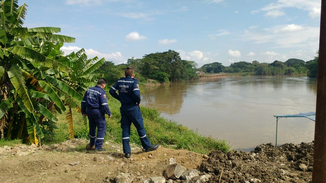 Capturado por presuntamente arrojar a su hijo de un año al Río Cauca