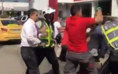 Comunidad y guardas de tránsito se enfrentaron a golpes en Cali