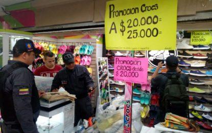 Fiscalía realiza operativos anticontrabando en cuatro centros comerciales de Cali