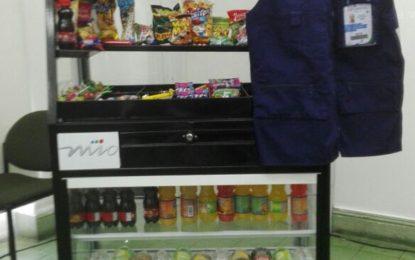 Metrocali lanza plan piloto para vendedores ambulantes del sistema