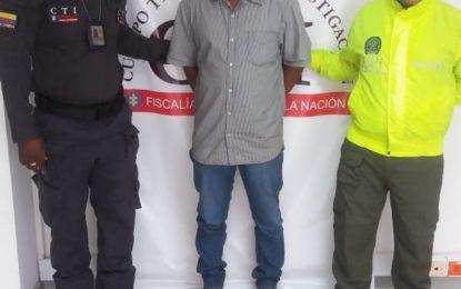Envían a la cárcel a hombre que golpeó violentamente a su esposa y a sus dos hijas en Buenaventura