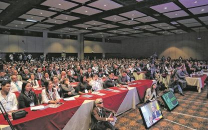 Polémica propuesta que busca ampliar el periodo de alcaldes y gobernadores en Colombia