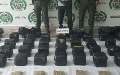 Capturado hombre que llevaba la droga camuflada como material de reciclaje en Buga