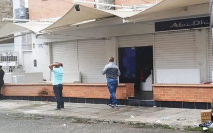 Fiscalía investiga crimen de dos personas dentro de una discoteca en el oriente de Cali