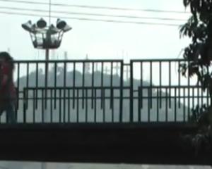 El llamado a los caleños a usar los puentes peatonales y semáforos