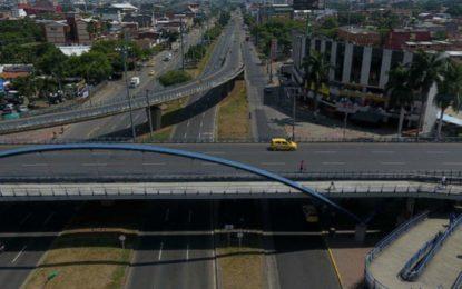 Por obras de alcantarillado cierran Autopista Sur-oriental durante 4 meses