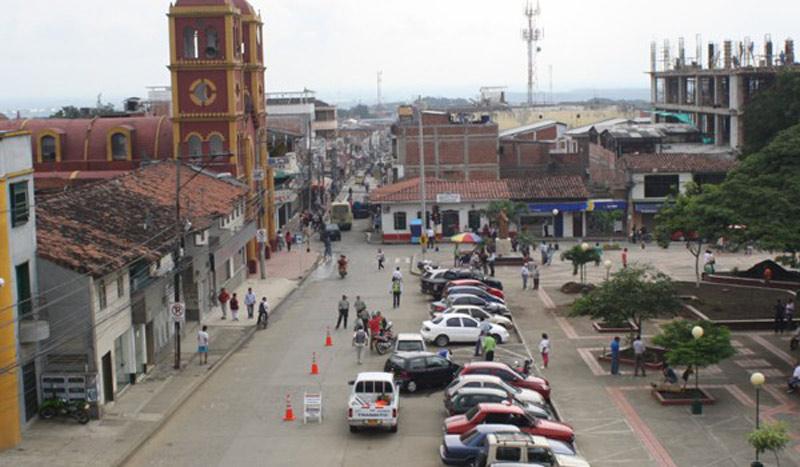 Fiscalía investiga ataque contra vehículo de hijo de dirigente indígena del Cauca