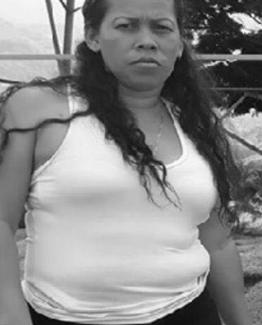 Fiscalía investiga crimen de una mujer asesinada cuando ingresaba a su casa