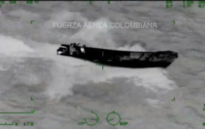 Incautan embarcación ilegal con cerca de una tonelada de droga, en costas de Nariño