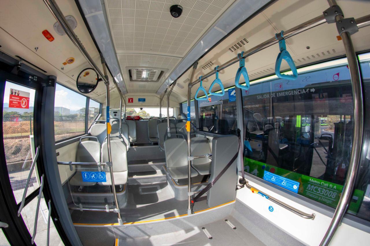 26 buses eléctricos ya ruedan por las calles de Cali