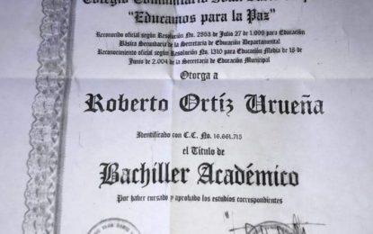 Diploma de bachiller del «Chontico» sería falso
