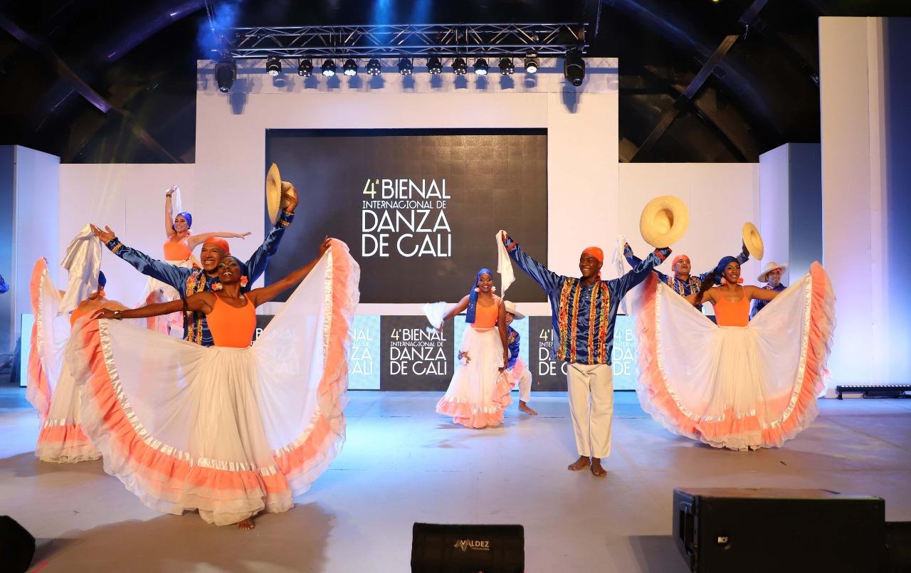 Inicia cuarta Bienal Internacional de Danza