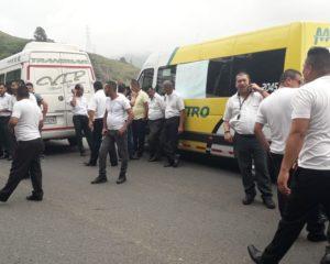 Conductores protestaron en la vía al mar