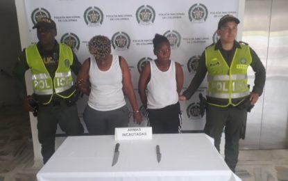 Aseguradas dos mujeres por asaltar y amenazar a un taxista