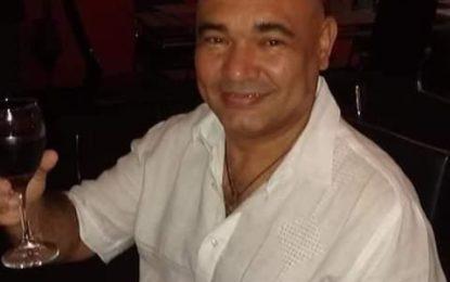 Investiga crimen de un hombre en su local comercial en Siloé