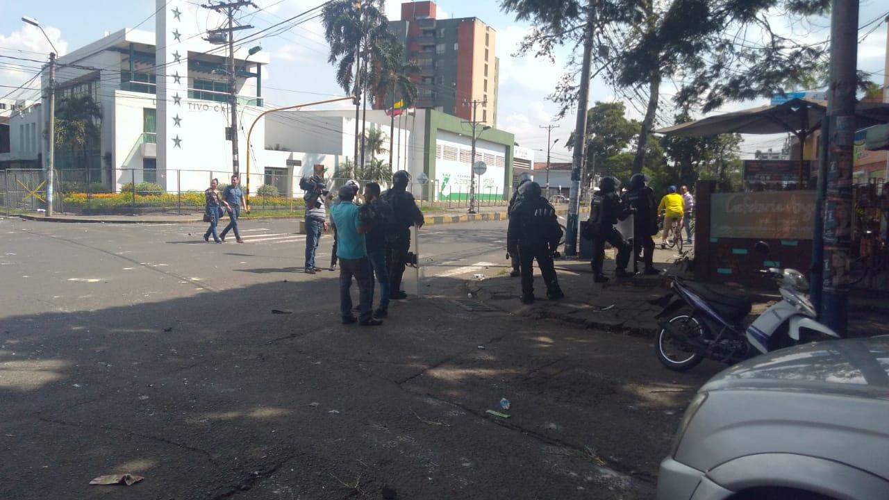 Enfrentamientos en sede del Deportivo Cali