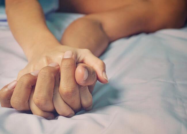 ¿Se puede tener relaciones sexuales en cuarentena? Expertos responden