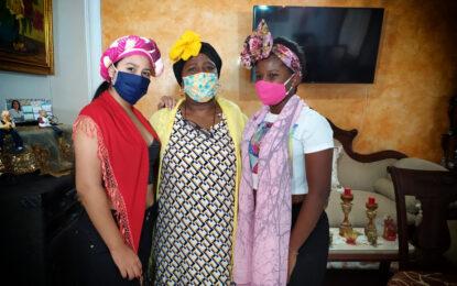Los turbantes: la identidad de la mujer Afro