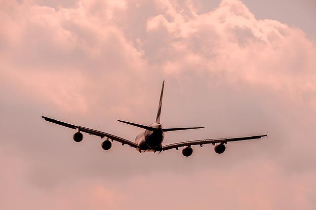 Autorizan vuelos internacionales desde el aeropuerto Alfonso Bonilla Aragón