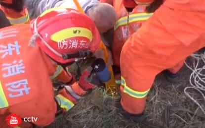 Niño de 3 años cayó a un pozo abierto y fue rescatado con éxito
