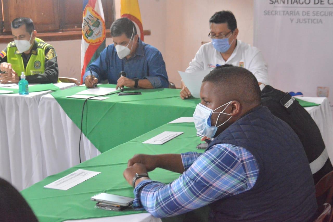 Extienden las medidas de toque de queda, ley seca y pico y cédula en Cali y el Valle del Cauca